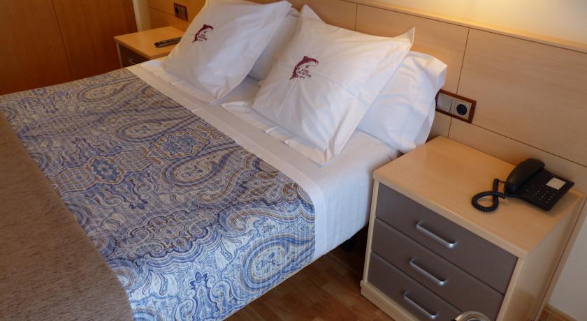 r servez l 39 h tel hotel les truites au pas de la case en andorre. Black Bedroom Furniture Sets. Home Design Ideas