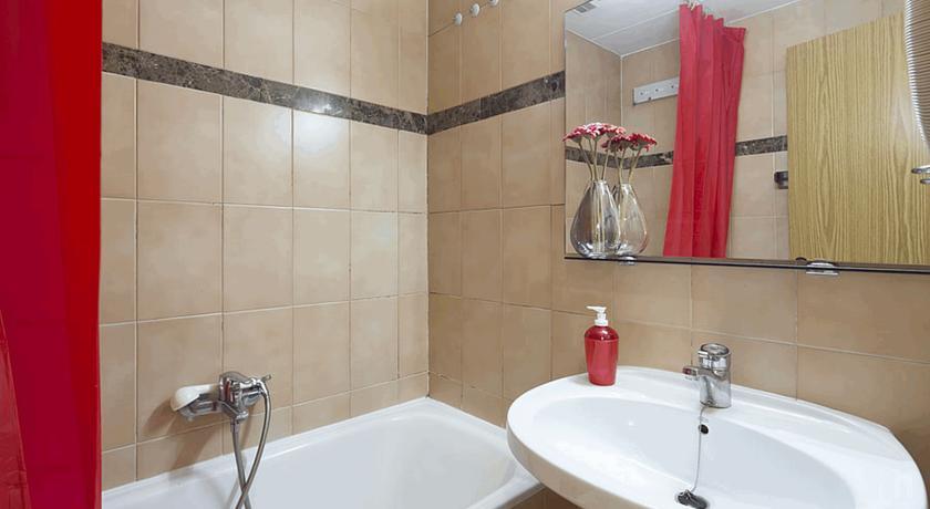 r servez l 39 h tel paradis blanc au pas de la case en andorre. Black Bedroom Furniture Sets. Home Design Ideas