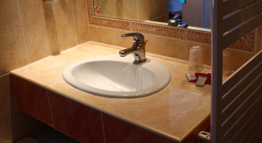 r servez l 39 h tel hotel panda au pas de la case en andorre. Black Bedroom Furniture Sets. Home Design Ideas