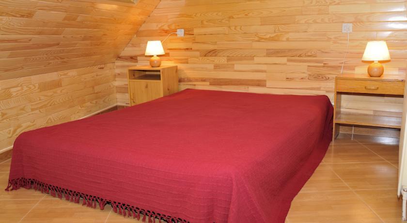 r servez l 39 h tel grizzli pedrous au pas de la case en andorre. Black Bedroom Furniture Sets. Home Design Ideas